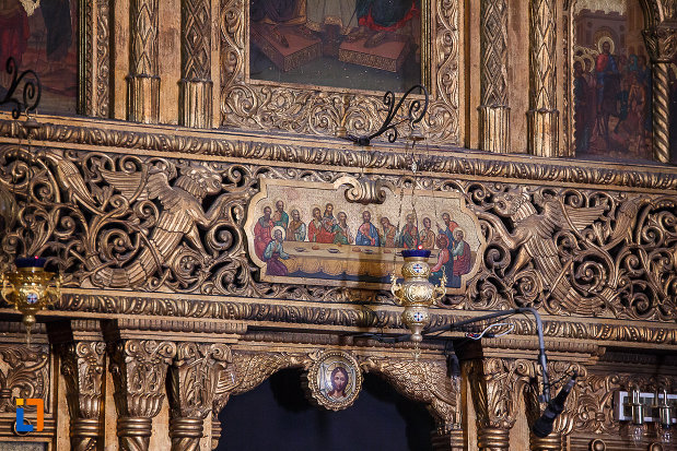 catedrala-ortodoxa-sf-arhangheli-mihail-si-gavril-din-orastie-judetul-hunedoara-cina-cea-de-taina-si-motive-decorative.jpg