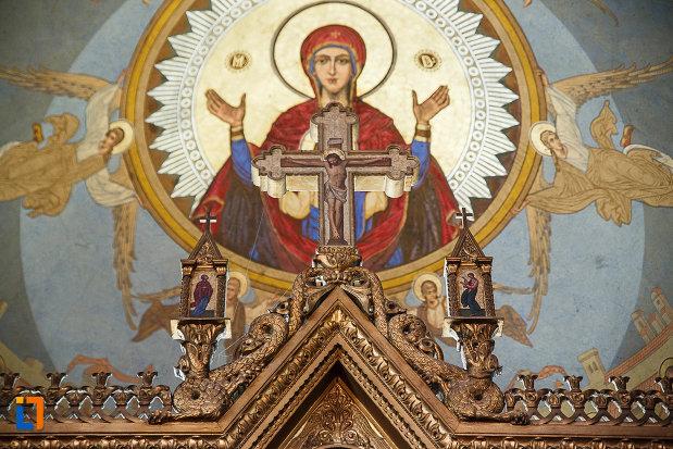 catedrala-ortodoxa-sf-arhangheli-mihail-si-gavril-din-orastie-judetul-hunedoara-pictura-religioasa.jpg