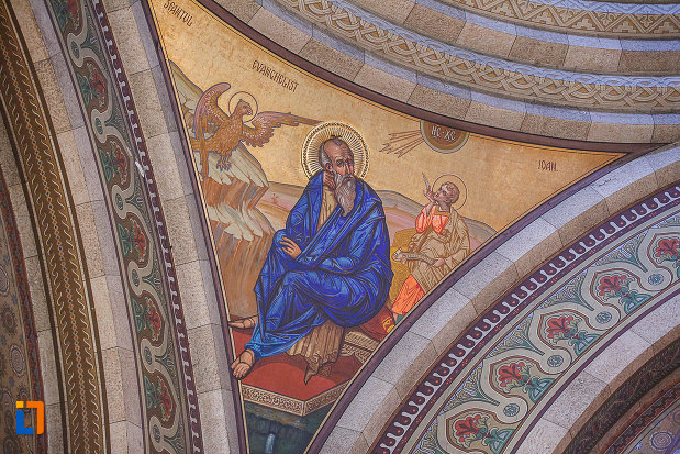 catedrala-ortodoxa-sf-arhangheli-mihail-si-gavril-din-orastie-judetul-hunedoara-sf-ioan.jpg