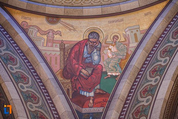 catedrala-ortodoxa-sf-arhangheli-mihail-si-gavril-din-orastie-judetul-hunedoara-sf-matei.jpg
