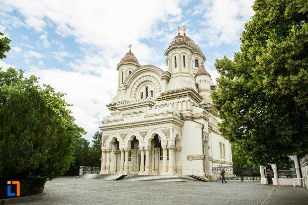 catedrala-ortodoxa-sf-ierarh-nicolae-si-andrei-din-galati-din-galati.jpg