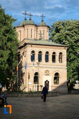 catedrala-sf-gheorghe-din-pitesti-judetul-arges.jpg