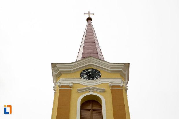 ceas-de-la-biserica-romano-catolica-din-caransebes-1725-judetul-caras-severin.jpg