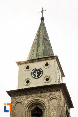 ceas-de-pe-turnul-de-clopotnita-de-la-biserica-sf-ilie-din-campulung-muscel-judetul-arges.jpg