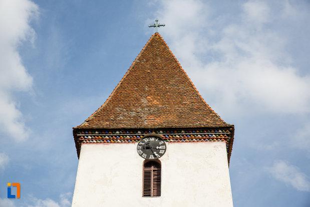 ceas-si-vitraliu-de-la-biserica-inaltarea-domnului-1785-din-saliste-judetul-sibiu.jpg