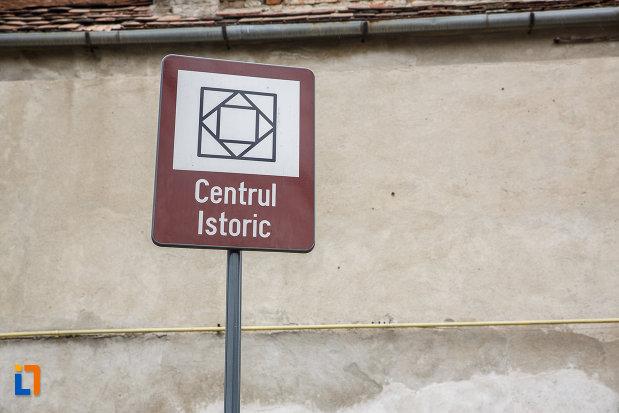 centrul-istoric-din-medias-judetul-sibiu-monument-istoric.jpg