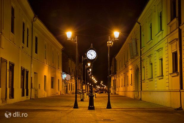 centrul-noaptea-orasul-baia-mare-judetul-maramures.jpg
