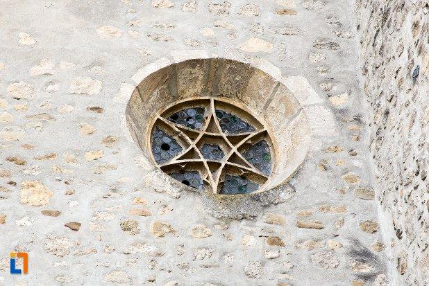 cetatea-aiudului-judetul-alba-biserica-fortificata.jpg