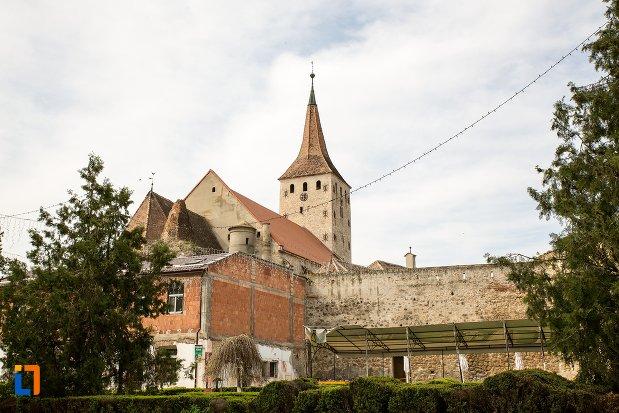 cetatea-aiudului-si-biserica-reformata-din-aiud-judetul-alba.jpg