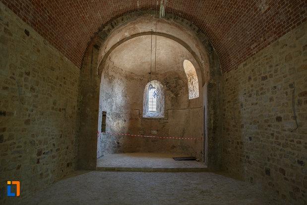 cetatea-de-scaun-a-sucevei-judetul-suceava-interiorul-turnului.jpg