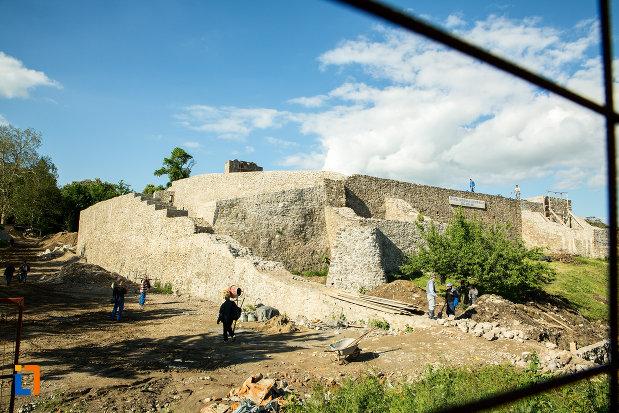 cetatea-medievala-a-severinului-din-drobeta-turnu-severin-judetul-mehedinti.jpg