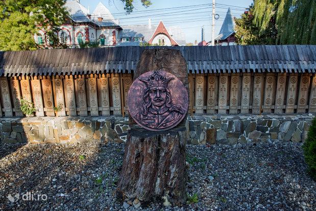 chipul-lui-stefan-cel-mare-biserica-noua-de-lemn-din-sighetul-marmatiei-judetul-maramures.jpg