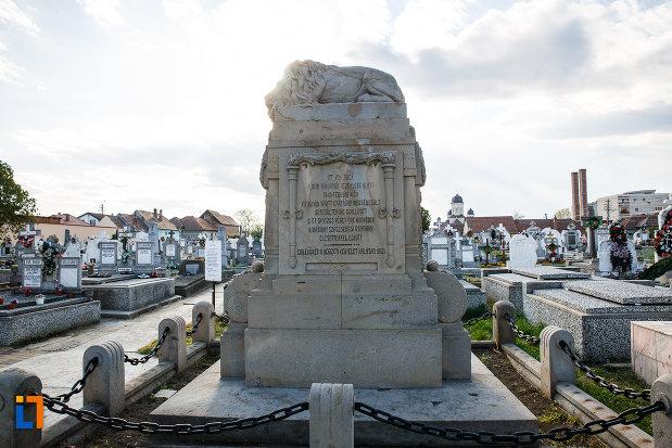 cimitirul-cu-monumentul-eroilor-revolutiei-de-la-1848-1849-din-sebes-judetul-alba.jpg