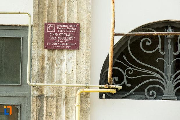 cinematograf-jean-negulescu-din-craiova-judetul-dolj-monument-istoric.jpg