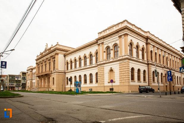 cladirea-colegiului-national-moise-nicoara-din-arad-judetul-arad.jpg