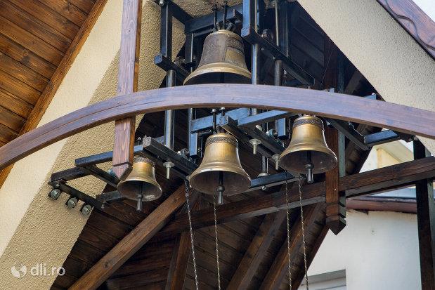 clopote-biserica-ortodoxa-sf-treime-din-oradea-judetul-bihor.jpg