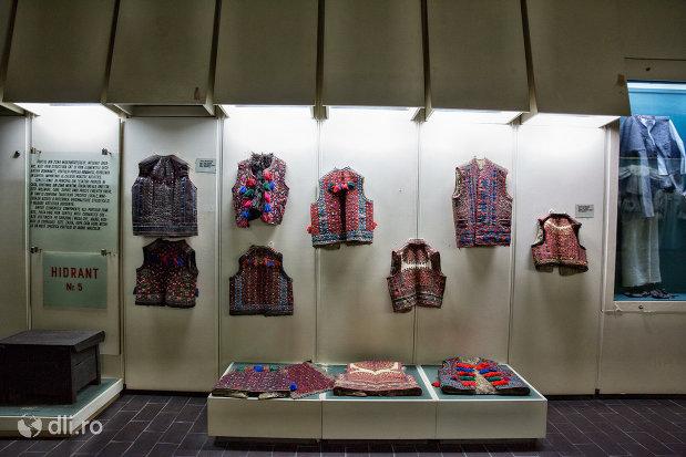 cojoace-traditionale-muzeul-etnografic-al-maramuresului-din-sighetu-marmatiei-judetul-maramures.jpg