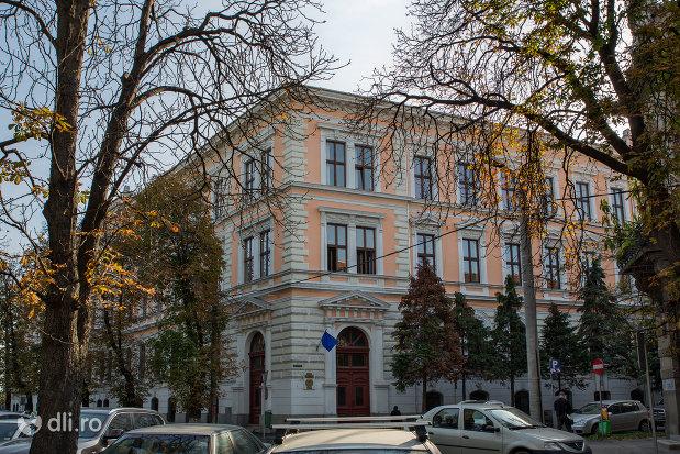 colegiul-national-emanuil-gojdu-din-oradea-judetul-bihor.jpg