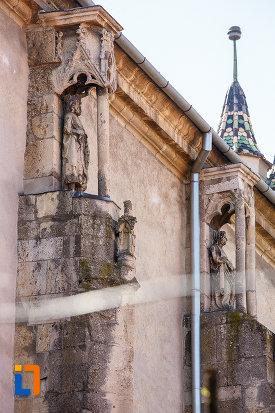 coloane-de-la-biserica-evanghelica-din-sebes-judetul-alba.jpg