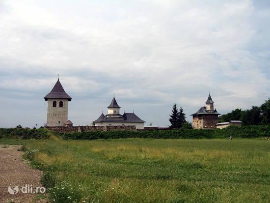 complexul-medieval-zamca.jpg
