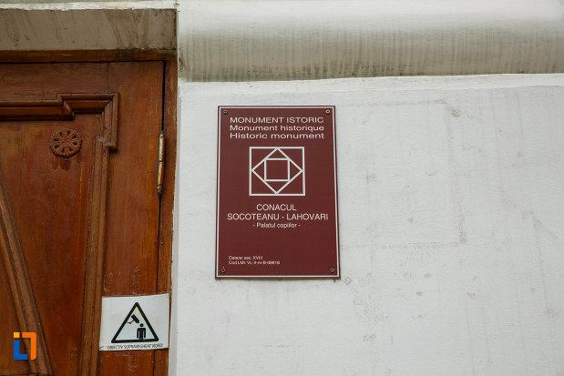 conacu-socoteanu-lahovari-azi-palatul-copiilor-din-ramnicu-valcea-judetul-valcea-monument-istoric.jpg