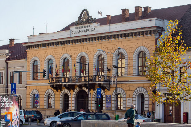 consiliul-local-al-municipiului-cluj-napoca-judetul-cluj-vazut-din-lateral.jpg