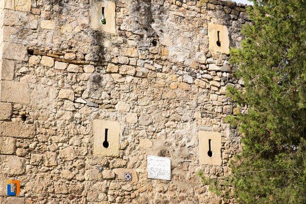 creneluri-de-la-cetatea-aiudului-judetul-alba.jpg