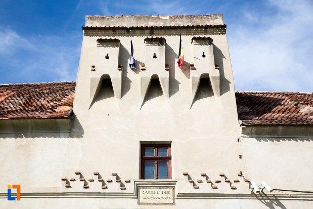 creneluri-de-la-cetatea-brasov-judetul-brasov.jpg