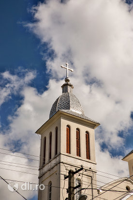 cruce-biserica-greco-catolica-din-bixad-judetul-satu-mare.jpg