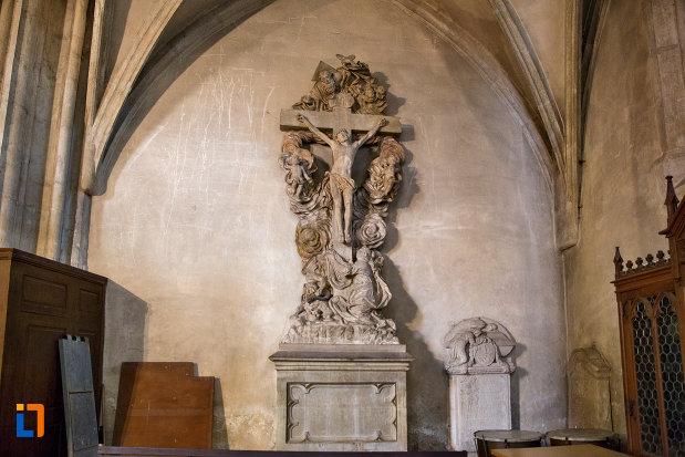 cruce-de-interior-biserica-sfantul-mihail-din-cluj-napoca-judetul-cluj.jpg