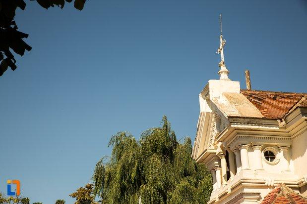 cruce-de-pe-biserica-sf-mina-din-braila-judetul-braila.jpg