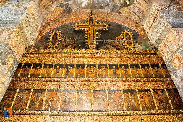 cruce-si-alte-picturi-din-manastirea-clocociov-din-slatina-judetul-olt.jpg