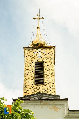 crucea-de-pe-biserica-sf-treime-din-caracal-judetul-olt.jpg