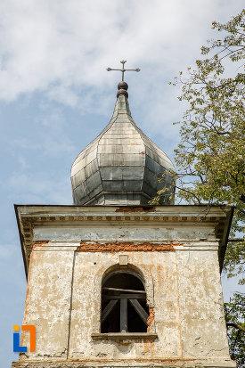 crucea-de-pe-turnul-cu-clopot-biserica-armeneasca-turnu-rosu-din-suceava-judetul-suceava.jpg