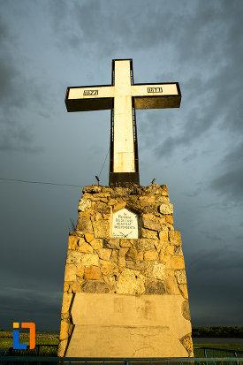 crucea-eroilor-independentei-din-corabia-judetul-olt.jpg