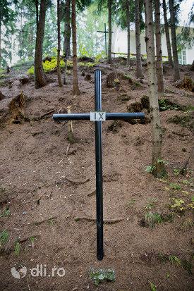 crucea-ix-capela-catolica-din-cavnic-judetul-maramures.jpg
