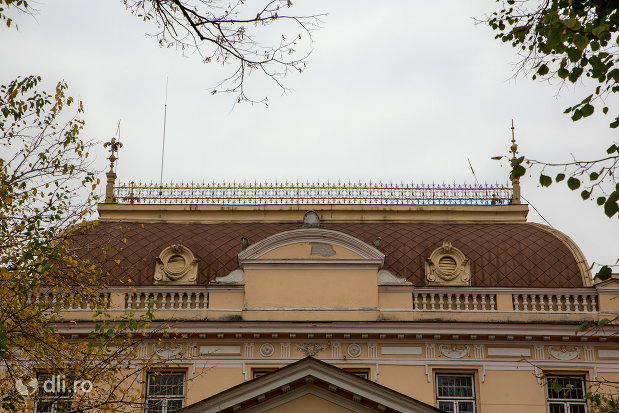 cupola-de-la-sediul-muzeului-societatii-de-istorie-si-arheologie-azi-palatul-copiilor-si-elevilor-din-oradea-judetul-bihor.jpg