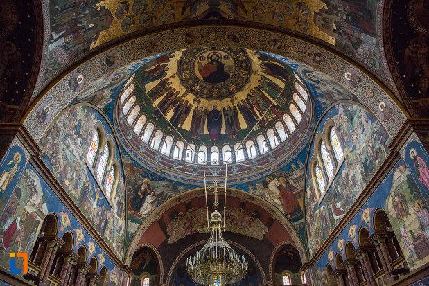cupola-din-catedrala-mitropolitana-sf-treime-din-sibiu-judetul-sibiu.jpg