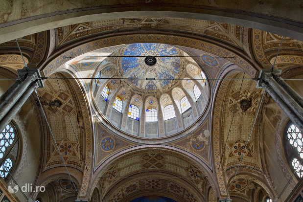 cupola-din-sinagoga-bd-independentei-din-oradea.jpg