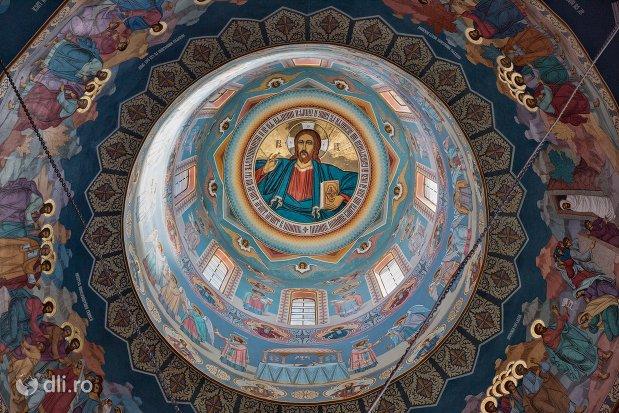 cupola-pictata-din-catedrala-ortodoxa-din-negresti-oas-judetul-satu-mare.jpg