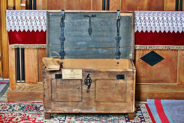 cutie-de-lemn-din-biserica-reformata-tasnad.jpg