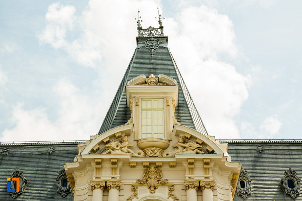 deatliu-acoperis-muzeul-de-arta-din-craiova-judetul-dolj.jpg