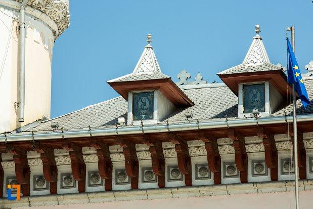 detalii-acoperis-palatul-comunal-din-buzau-judetul-buzau.jpg