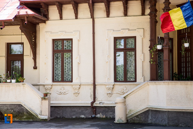 detalii-arhitecturale-complexul-national-muzeal-curtea-domneasca-din-targoviste-judetul-dambovita.jpg