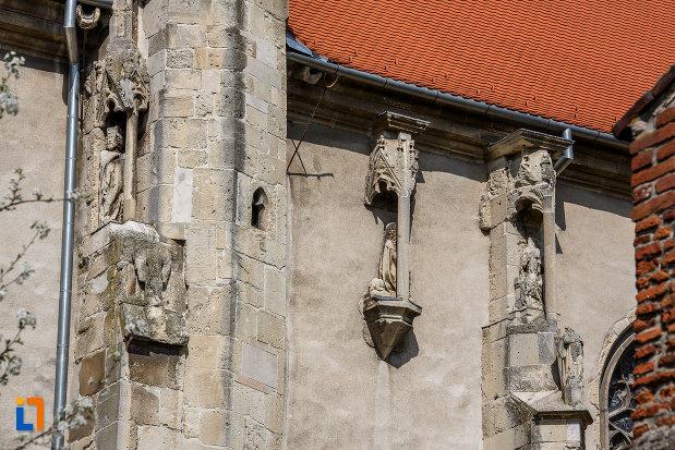 detalii-arhitecturale-de-la-biserica-evanghelica-din-sebes-judetul-alba.jpg