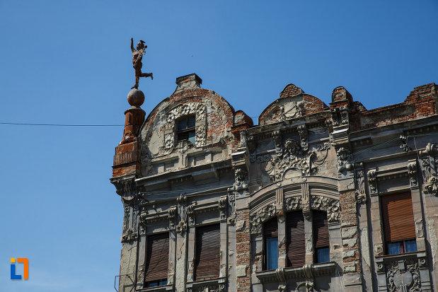 detalii-arhitecturale-de-la-palatul-mercur-din-timisoara-judetul-timis.jpg