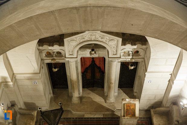 detalii-arhitecturale-mausoleul-eroilor-din-1916-1919-de-la-marasesti-judetul-vrancea.jpg