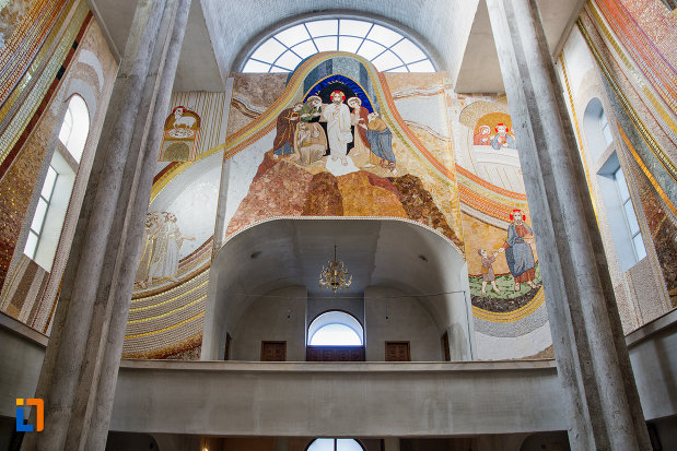 detalii-de-interior-biserica-orthodox-schimbarea-la-fata-din-cluj-napoca-judetul-cluj.jpg