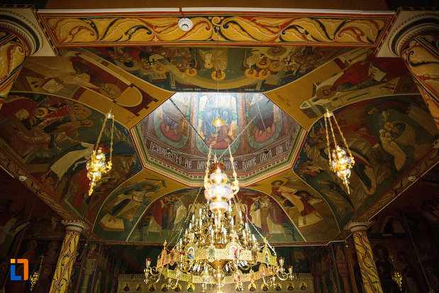 detalii-de-interior-manastirea-sf-ana-din-orsova-judetul-mehedinti.jpg
