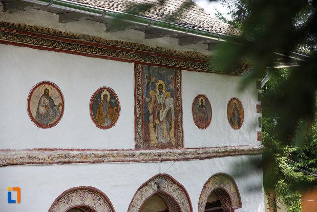 detalii-de-la-biserica-sf-nicolae-din-breaza-judetul-prahova.jpg